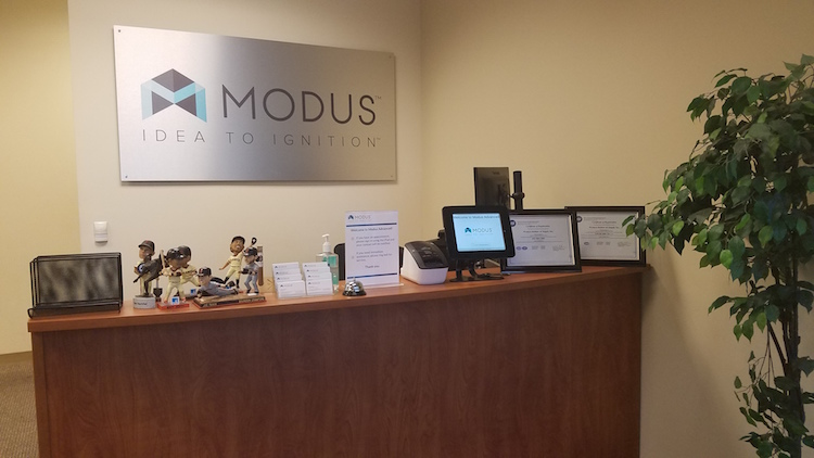 Modus Advanced Reception Desk